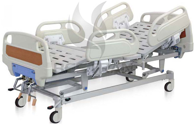 3-Crank manual medical bed